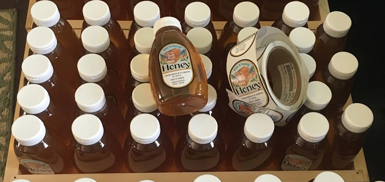 photo of honey bottles